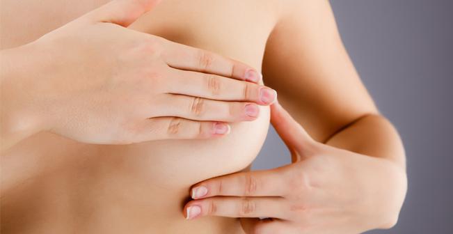 kvinde-kend-dit-bryst-tjek