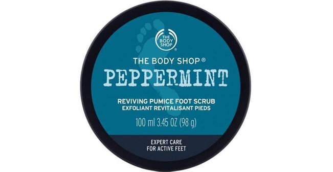 the-body-shop-peppermint-reviving-pumice-foot-scrub